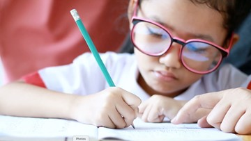 'You Can Do It' Mindset May Hurt Kids' Grades in the Long Run