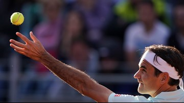 Roger Federer returns to play at French Open after 4-year absence
