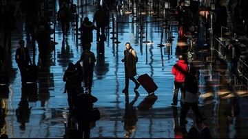 Snow! Airlines waive change fees for post-Thanksgiving storm