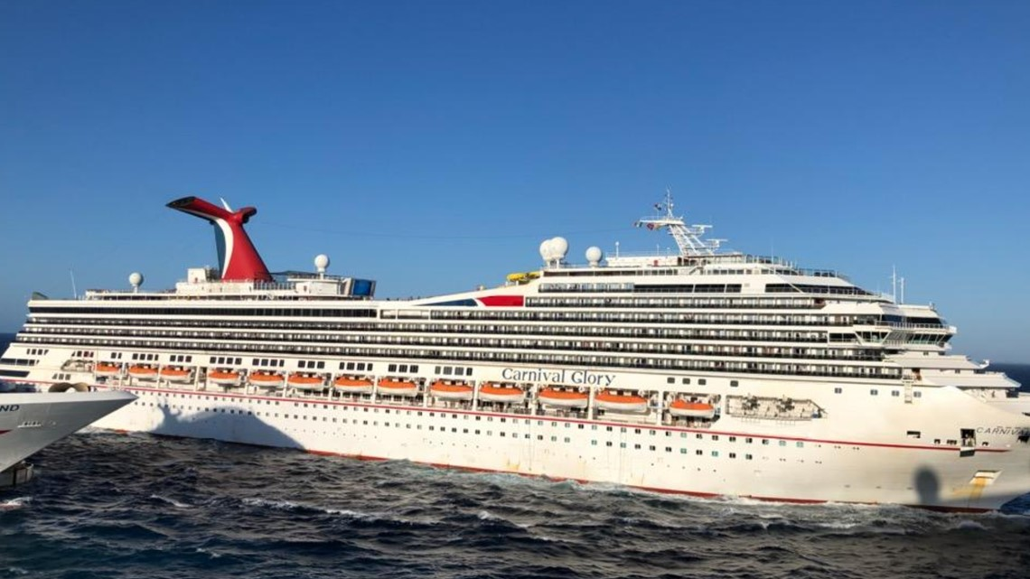 Carnival cruise ship crashes into another in Cozumel ...