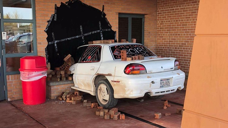 Wisconsin students stage auto  crash in epic senior prank