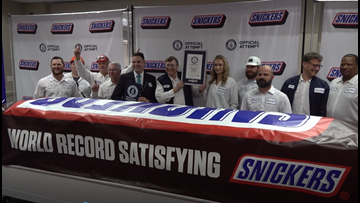 'Everything is bigger in Texas' | World's largest SNICKERS bar unveiled in Texas