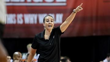 REPORT: Spurs assistant Becky Hammon interviewing for Bucks head coaching job