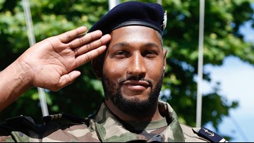 Former Spur Boris Diaw joins French Marines