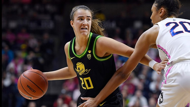 Sabrina Ionescu first to 2,000 points, 1,000 assists, 1,000 rebounds