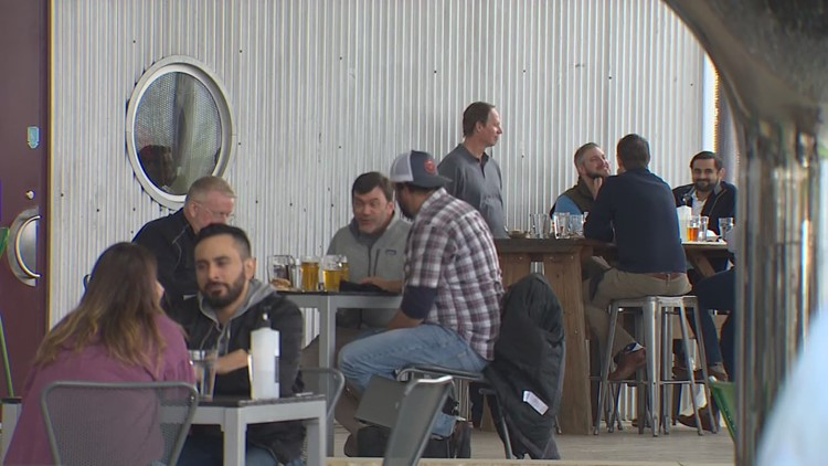 Houston businesses prep for Super Bowl watch parties during the pandemic