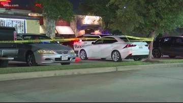 Off-duty deputy shoots at robbery suspects outside restaurant near Willowbrook Mall