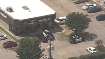 Three in custody after robbing Verizon store, leading police on chase through NW Houston