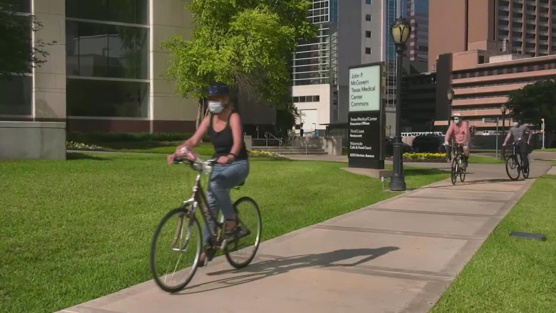 Bicyclists urge aggressive approach to city's Vision Zero mission to create safer roads