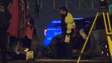 Raw: 2 people critically hurt after getting hit on I-10 East Freeway