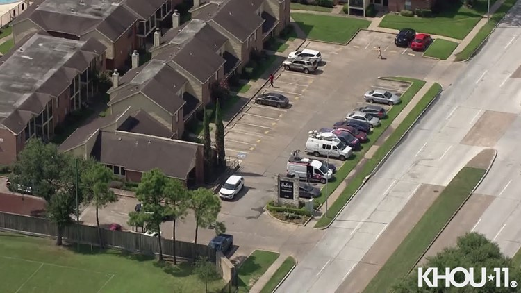 Raw video: Up to 20 people found inside Sharpstown-area apartment in possible human smuggling operation, police say