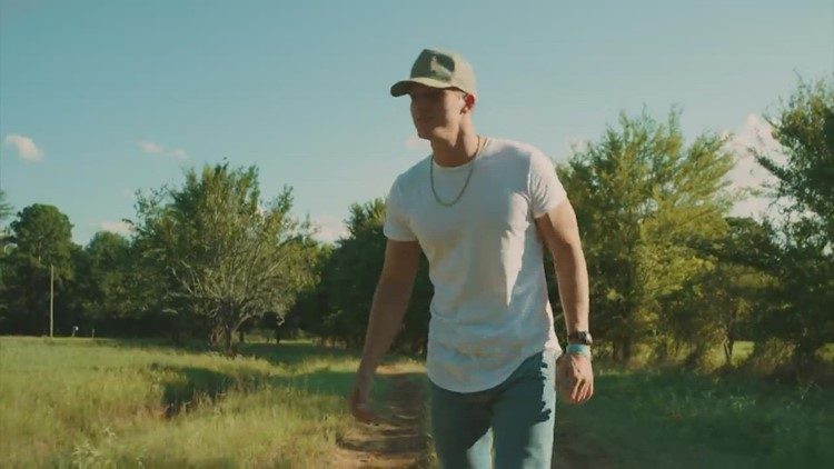 Country singer Parker McCollum to perform at 2022 RodeoHouston