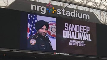 Texans honor Deputy Dhaliwal with moment of silence prior to kickoff