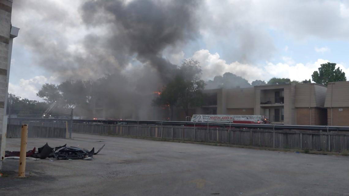 Four-alarm fire burn