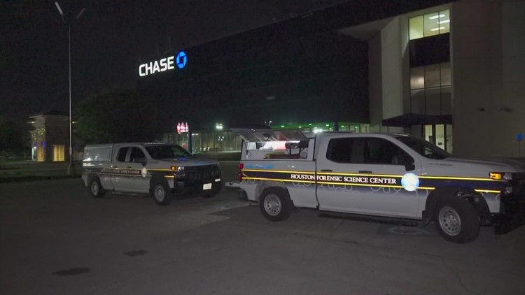 Woman found fatally shot in the head near ATM in southeast Houston, police say
