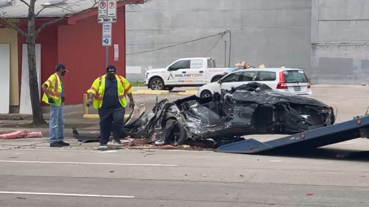 Car completely destroyed after crashing into building in downtown Houston