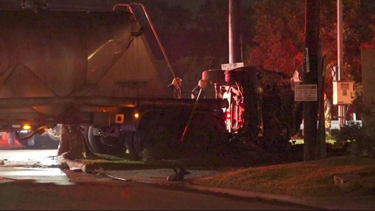 HCSO: Man dead after speeding through stop sign, crashing into 18-wheeler