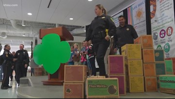 Stands for Houston: Girl Scouts say thanks to first responders with cookies