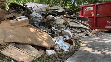 Harvey victims get help cleaning up contractor's mess in Pearland