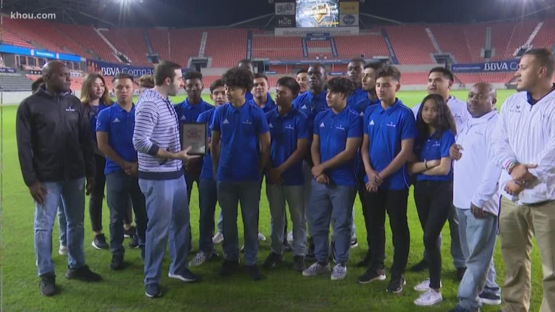Athlete Of The Week: National Champs, Elsik soccer team