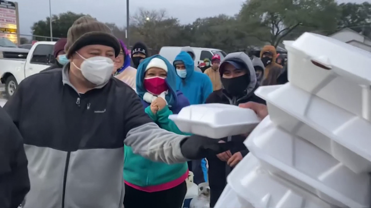 In tough times, Houstonians rely on each other, especially during this winter storm