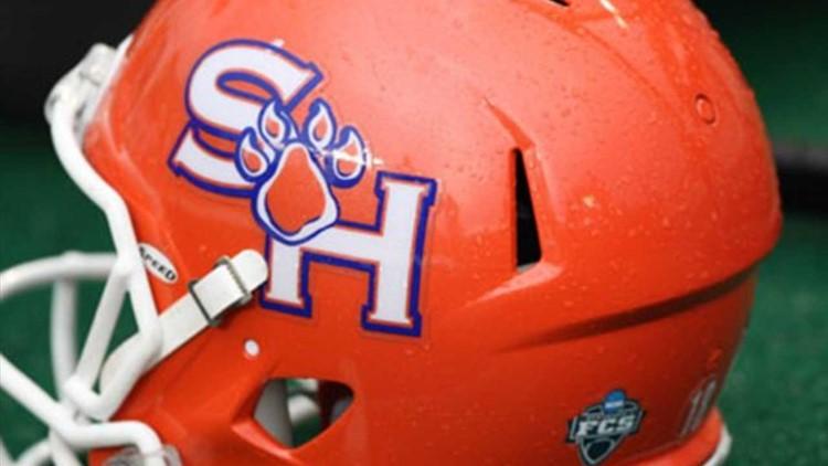 Schmid passes top-ranked Sam Houston over Central Arkansas