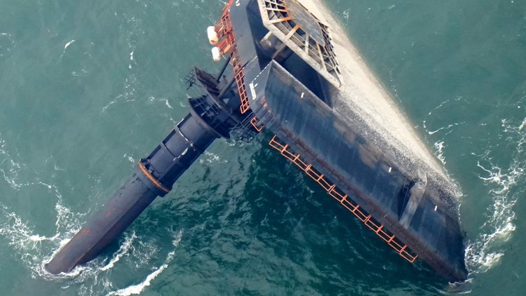 Body of 6th Seacor crewmember found by private divers; 7 still missing from capsized lift boat