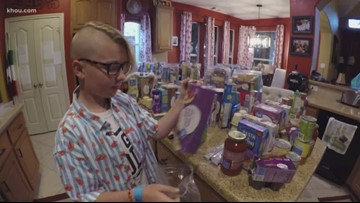 12-year-old boy provides food for classmates