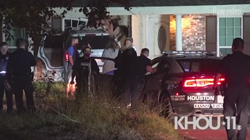 Scene video: Teen crashes SUV into southeast Houston home during alleged pursuit
