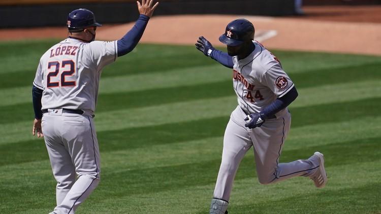 Yordan Alvarez powers Astros to third straight win