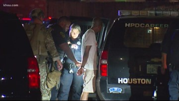 Morning headlines: Man in custody after firing gun; taco truck fire injures 4