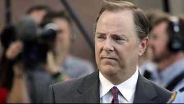 Ex-Enron CEO Jeff Skilling released from halfway house