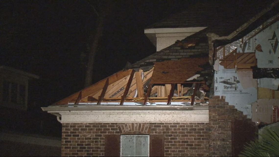 MISSOURI CITY: More than 50 homes damaged in Sienna ...