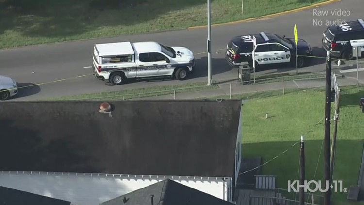 Person found dead in roadway across from Houston middle school   Raw clip, no audio