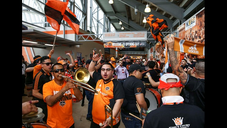 Houston Dynamo not returning to play in mid-May