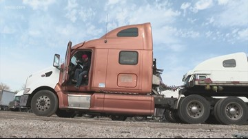 Community offering to help truckers laid off