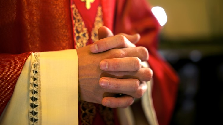 More victims name Houston priests they say sexually abused them