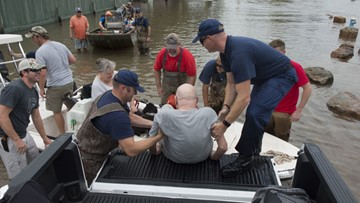Trump's remarks on Harvey rescues raise eyebrows in Texas