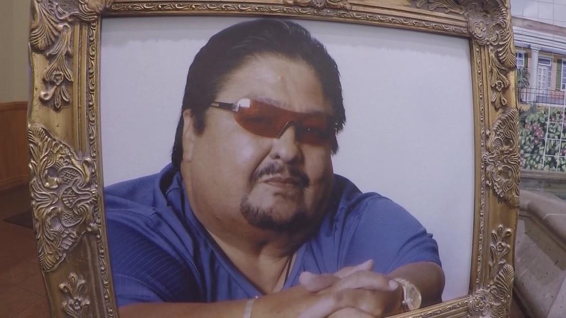 Fans Mourn The Death Of Tejano Legend Jimmy Gonzalez In