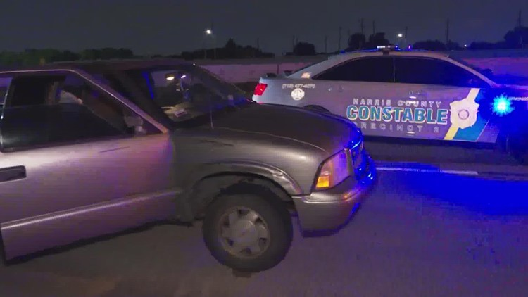 Deputy struck by hit-and-run driver in southeast Houston