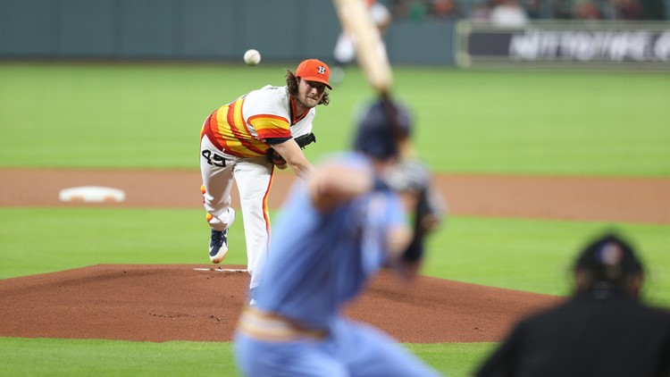 Nelson Cruz hit a tiebreaking two-run double in a three-run eighth inning to lift the Seattle Mariners a 5-2 victory over the Houston Astros on Friday night.