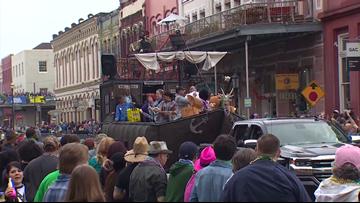 Restaurant owner sues City of Galveston, Mardi Gras organizer