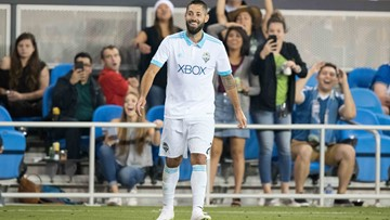 US and Sounders striker Clint Dempsey retires from soccer