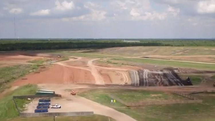 Pearland neighbors fed up with stinky landfill