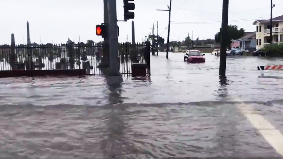 gulf rain causes street flooding in galveston