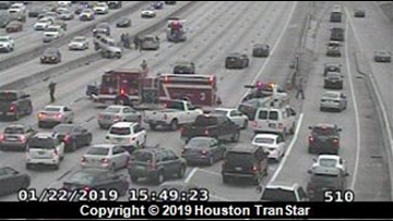 US 59 reopened after 5-vehicle accident closes all mainlanes