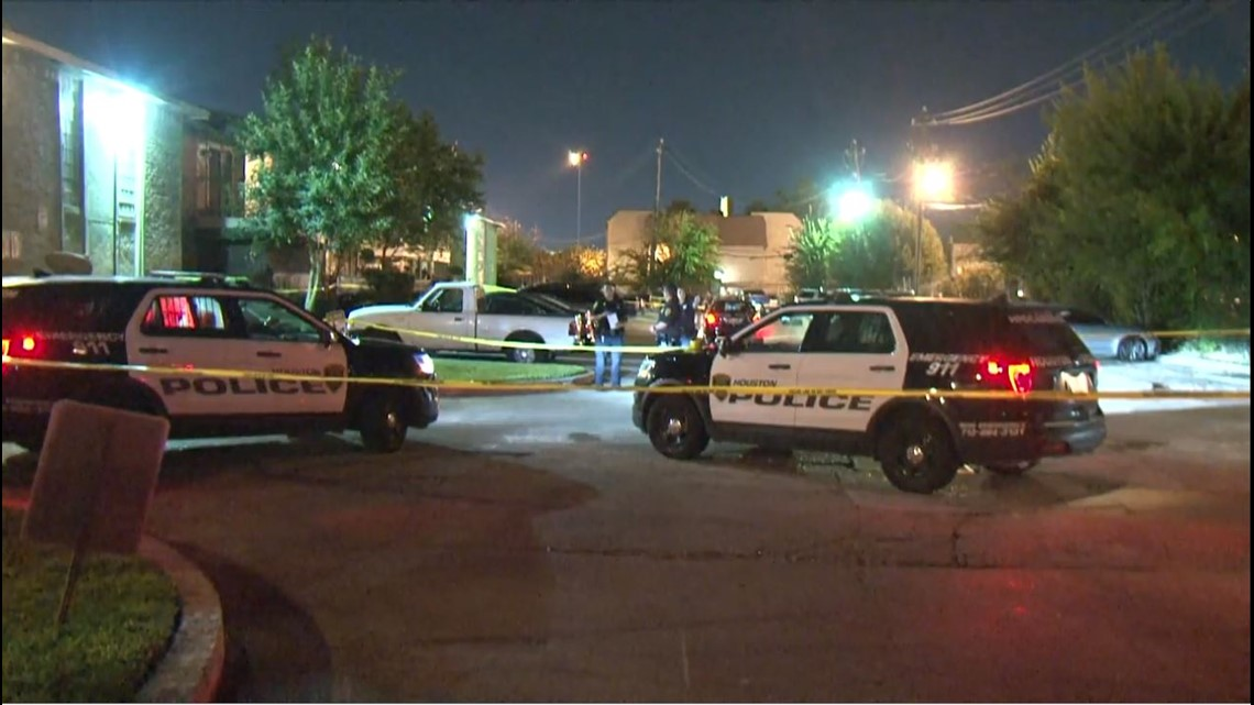 HPD: Security guard shot, killed at apartment complex near NRG ...