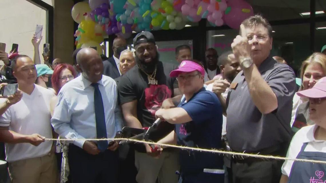 Howdy Homemade Ice Cream Shop celebrates grand opening in Katy