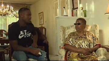 Woman reunites with Worthing HS student who saved her from a burning car