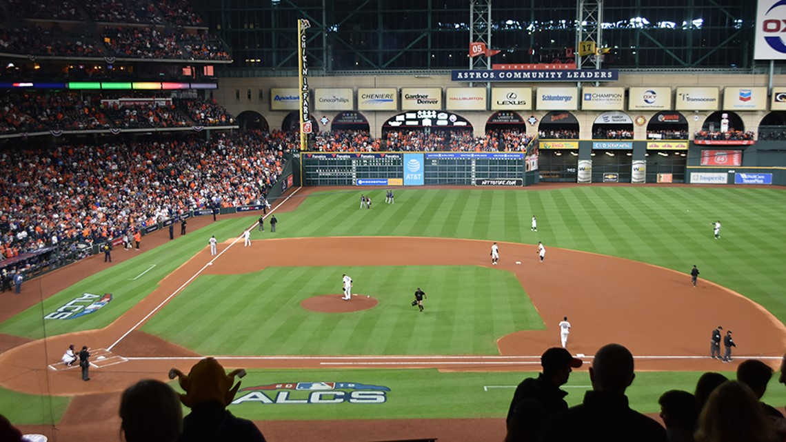 backpacks are no longer allowed inside minute maid park
